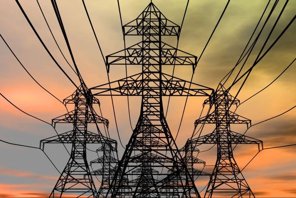 Picaresca energética en estado de alarma: empresas activas se aprovechan para reducir potencia y ahorrarse un 80% del coste en abril y mayo a costa del resto de consumidores