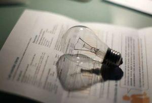 La factura de la luz sube más de un 6% en junio y se encarece por segundo mes consecutivo