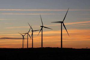 El Gobierno activa un paquete de 316 millones para impulsar las renovables
