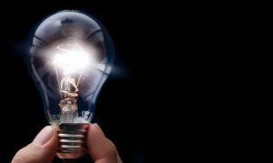 Todo lo que hay que saber sobre el récord histórico del precio de la electricidad en España: por qué se ha dado, a quién afecta, qué soluciones hay