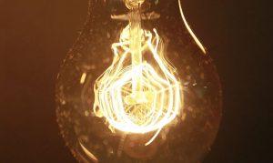 El precio de la luz en julio casi triplica al de hace un año y será el mes más caro de la historia